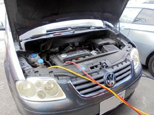 VWトゥーラン エアコンエキスパンションバルブ交換