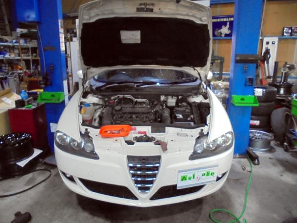 アルファロメオ147 タイミングベルト交換&車検整備