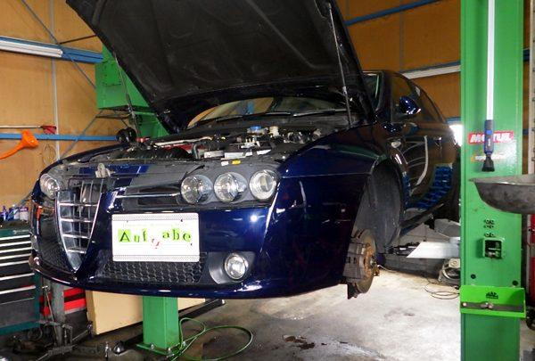 アルファロメオ159 エンジンチェックランプ点灯 タイミングチェーン交換