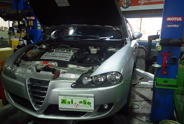 アルファロメオ147 車検整備&ヘッドライト交換